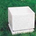 Vaso Martellinato Quadrato (piccolo)- arredo da giardino in pietra ricomposta