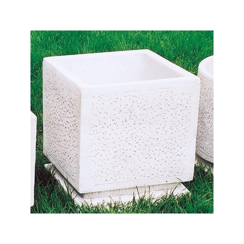 Vaso Martellinato Quadrato (grande)-arredo da giardino in pietra ricomposta