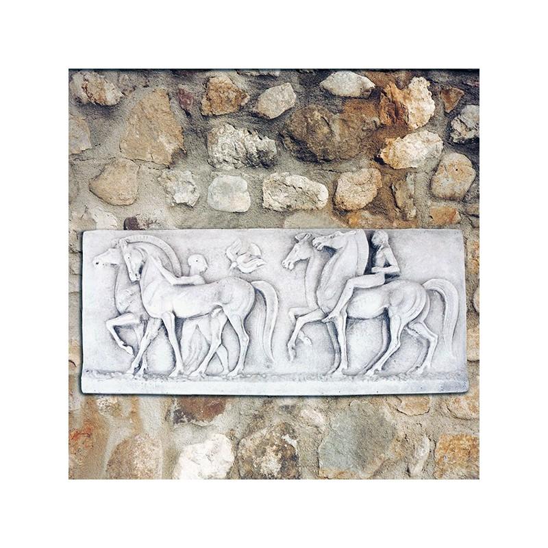 Bassorilievo Medioevo - arredo da giardino graniglia di marmo di Carrara 100% Made in Italy