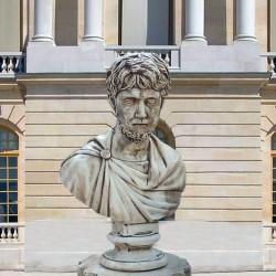 Busto Augusto - arredo da giardino in graniglia di marmo di Carrara 100% Made in Italy