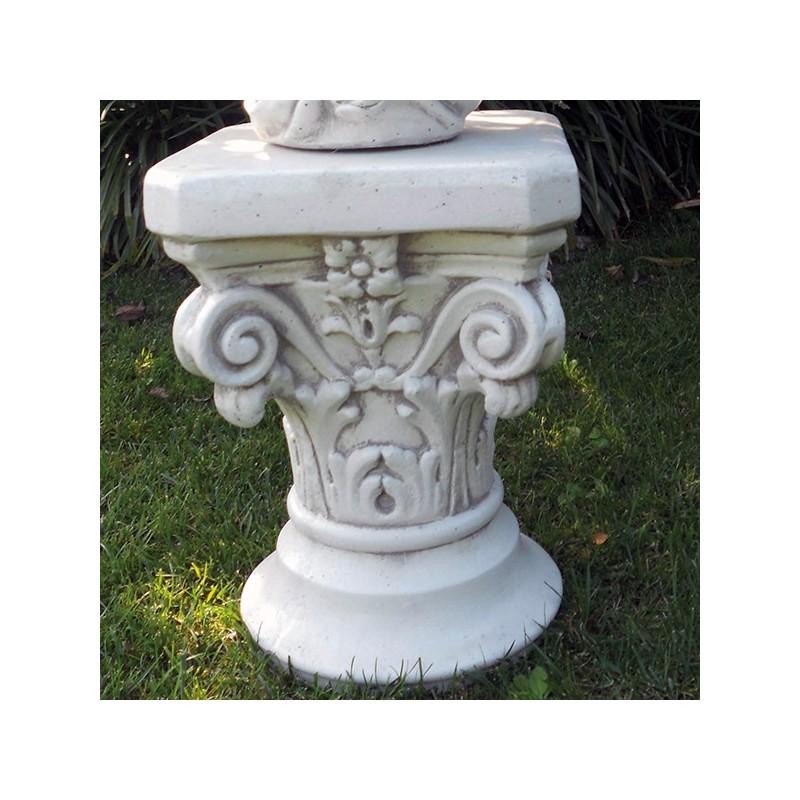 Capitello Trieste - arredo da giardino in graniglia di marmo di Carrara