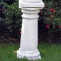 Colonnetta Ambra - arredo da giardino in graniglia di marmo di Carrara