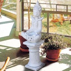 Dea del riso - statua da giardino in graniglia di marmo di Carrara