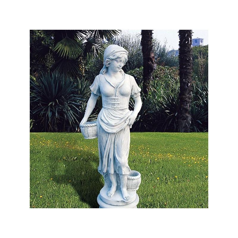 La montanara - statua da giardino in graniglia di marmo di Carrara