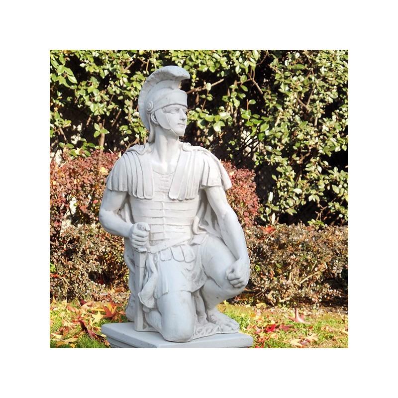 Centurione - statue da giardino in graniglia di marmo di Carrara