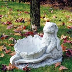 Coniglio con cariola - statue da giardino animali in graniglia di marmo di Carrara