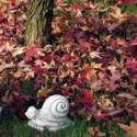 Minilumaca - arredo da giardino statua da giardino in graniglia di marmo di Carrara 100% Made in Italy.