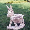 Ciuccio con gerli - statua da giardino in pietra ricomposta al 100% made in italy.