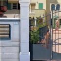Pilastro Moro - edilizia arredo da giardino pilastri in graniglia di marmo di Carrara