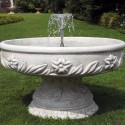 Fontana Ercolano fontana da giardino funzionante in graniglia di marmo di Carrara.