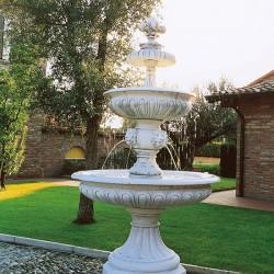 Fontana Linda (grande) fontane da giardino funzionanti in graniglia di marmo di Carrara