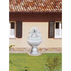 Wall fountain Nicoletta