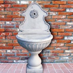 Wall fountain Fiorenza