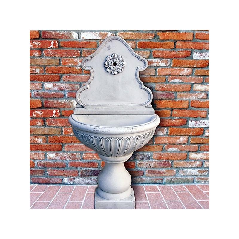 Fontana a muro Fiorenza - fontane da giardino con rubinetto in graniglia di marmo di Carrara