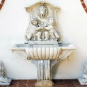 Fontana a muro Roma