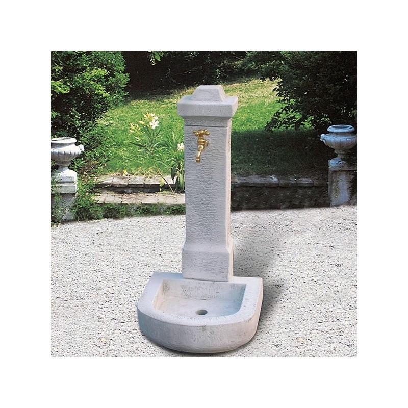 Fontana Cadore -fontane da giardino con rubinetto in cemento bianco 100% made in italy