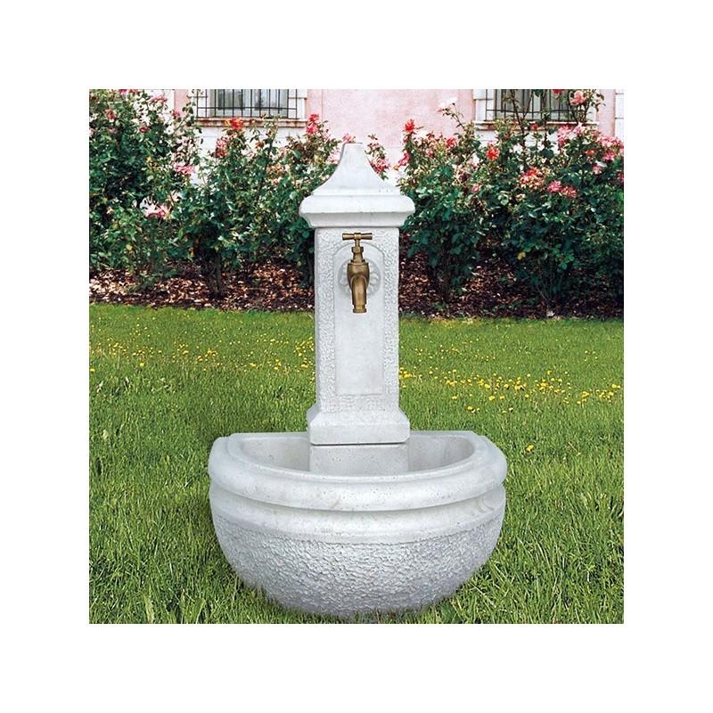 Fontana Amelia