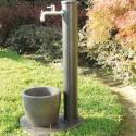 Fontana Adele anthrazitischer Gartenbrunnen mit Wasserhahn