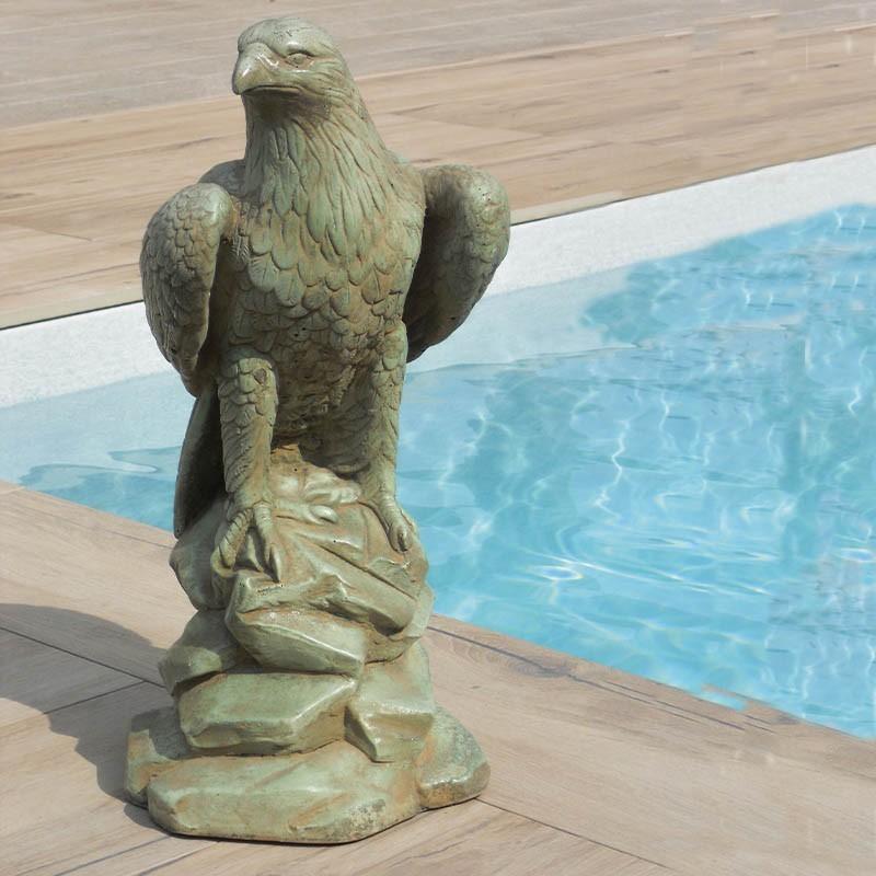 Condor - statua da giardino in graniglia di marmo di Carrara