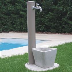 Fontana mod. Tortora con singolo rubinetto.